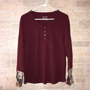 Legendary Whitetails Ribbed Henley Top
